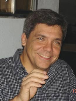 Professor Rogerio Valle