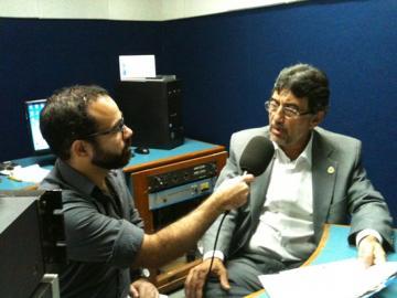 Entrevista à Rádio Universitária